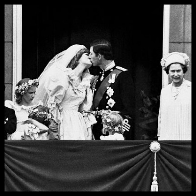 'THE KISS' DIANA, THE PRINCESS OF WALES & CHARLES, THE PRINCE OF WALES